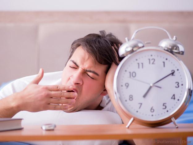 Carstens-Stiftung: Top 5 Was tun bei Schlafstörungen nach Zeitumstellung
