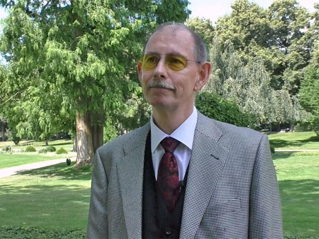 Carstens-Stiftung: Dr. Michael Elies: Was tun bei (chronischen) Schmerzen?