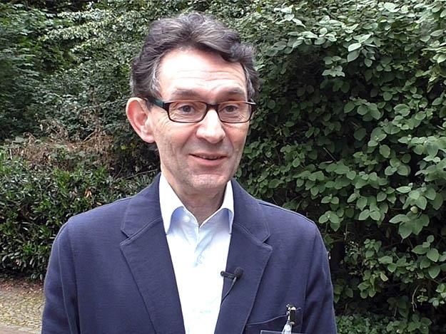 Carstens-Stiftung: Demenz: Prof. Elmar Gräßel über die MAKS-Therapie
