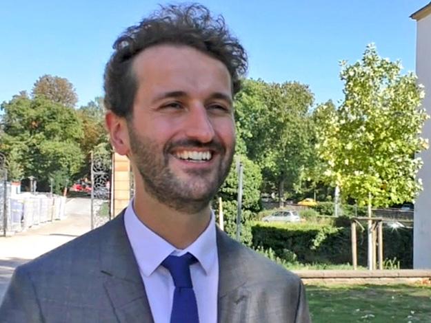 Carstens-Stiftung: Dominik Özbe über Mehrkomponenten-Interventionen