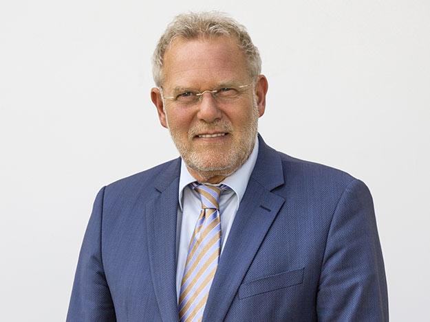 Carstens-Stiftung: Zehn Fragen an Bernhard Brand